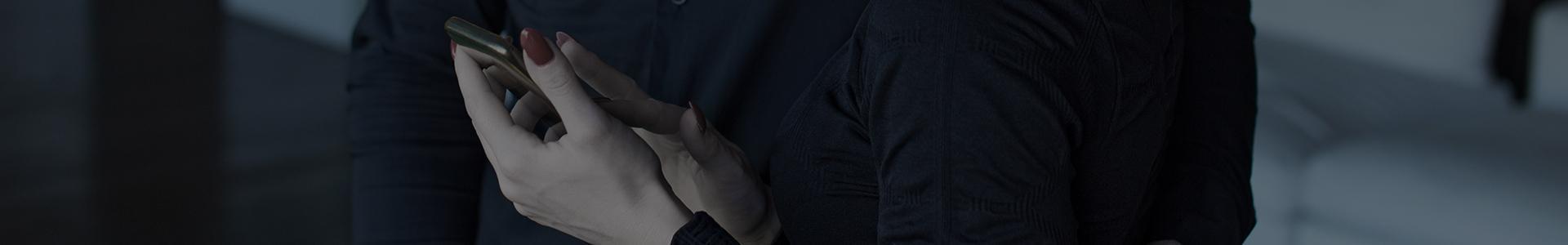 Banner kobiece ręce